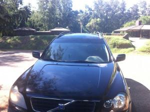 Black-SUV-Volvo-cars in kauai